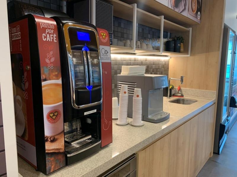 Máquina de Café Expresso com Moeda - Connect Vending