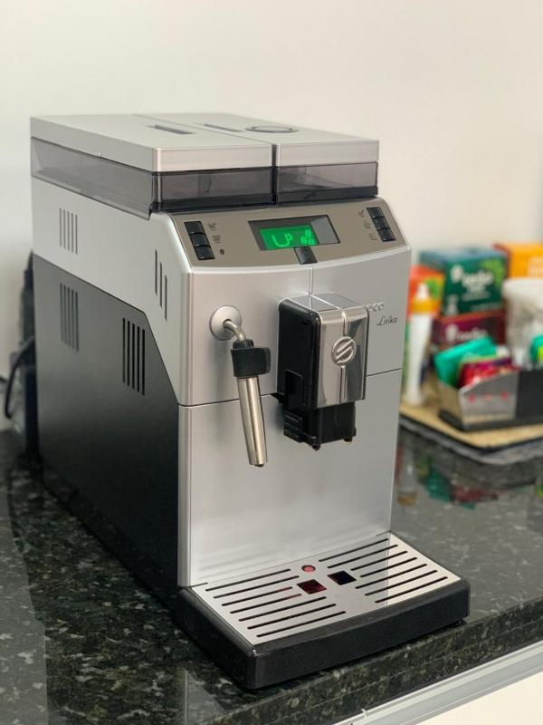 Máquina de Café Expresso para Padaria - Connect Vending